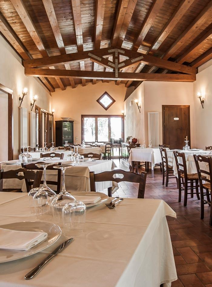 L\'esperienza del gusto Il ristorante e la cucinaRestaurant and ...
